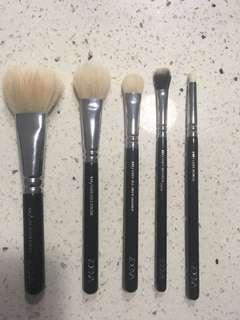 Zoeva Makeup Brush Bundle