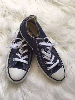 Converse Women's 6 (Real) New