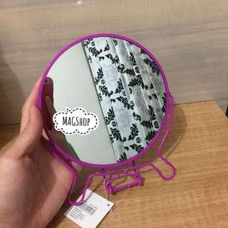 Mirror magenta by Flying Tiger - cermin