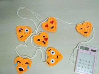 Hanging Bunting Emoticon Heart shape