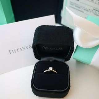 Tiffany&co六爪鑽戒41分/專櫃真品、含原廠證書、Tiffany 珠寶盒