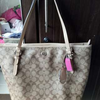 REPRICED! Coach Zip tote