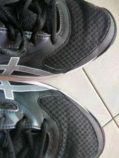 Asics indoor (badminton) shoes