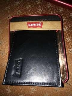 Levi's Wallet (NEW)