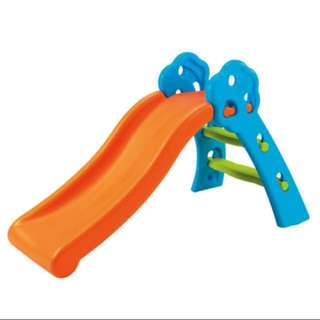 Slide for young toddle