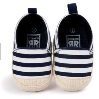 SS.11 Lovely Infant First Walkers Good Soft Sole Striped Shoes
