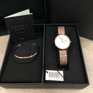 PROMO PRICE!! Daniel Wellington Gift Box