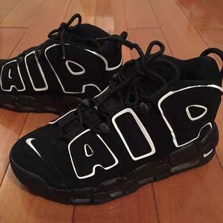 女生運動鞋 Cm 23.5