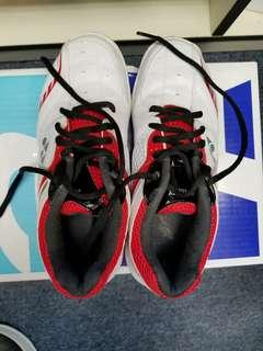 YY,Yonex:運動鞋