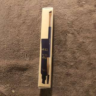 Stilla stay all day brow gel and brush