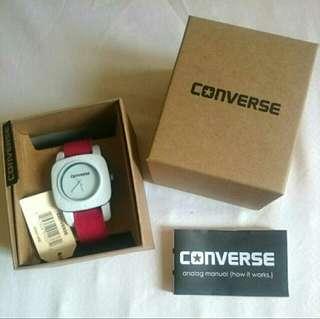 Sale!! BNWT Unisex Converse