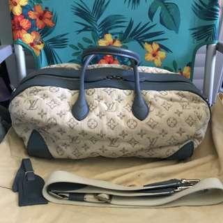 Authentic Louis Vuitton round speedy bag