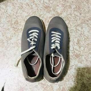 Gray Lee Cooper Sneakers (Authentic)