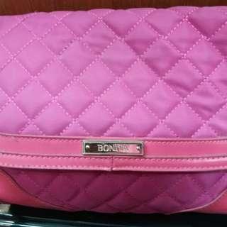 Take 2 handbags for Rm70