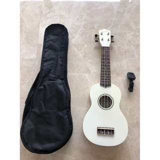 ukulele with bag and tuner