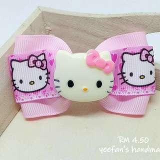 Hello Kitty hairclip
