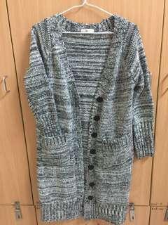 🚚 東京著衣厚針織場版混色外套