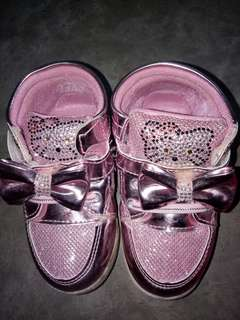 Hello kitty pink shoes