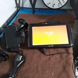 Mio7吋衛星導航 支援數位電視多功能…聲控…藍芽…
