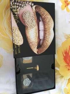 Ciaté gold nail art