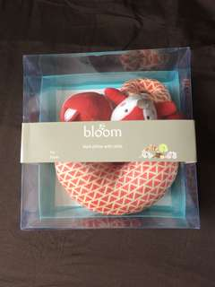Bloom neck pillow and rattle