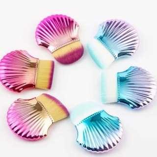 Shell Mermaid Blush Brush