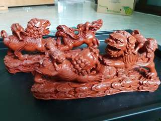 Chinese Lion deco piece