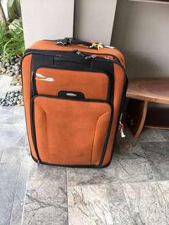 Samsonite Suitcase/ luggage