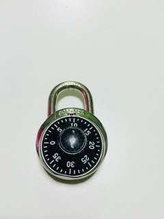 Master lock mangga antik