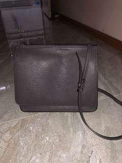Le Junev Leather Bag