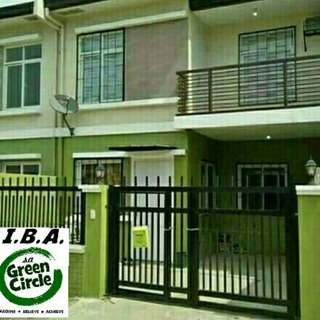 Adelle Townhouse