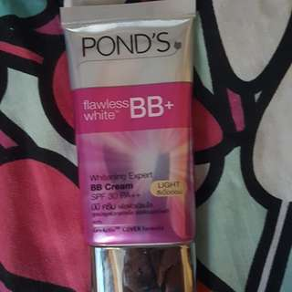 Pond's BB Flawless White BB Cream