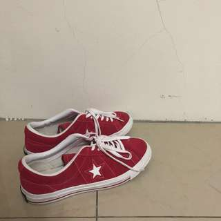 🚚 Converse one star us8.5