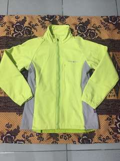 Mont Bell (windstopper) (Softshell)