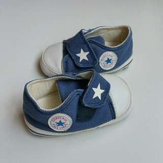Converse All Star baby shoes (6 to 12 mth)