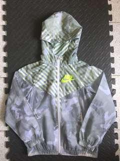 Nike Jacket (size M 140)