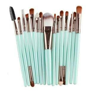 15pcs. Makeup Brush Set