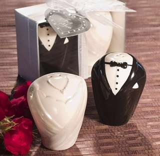 Wedding favors - Mr. & Mrs. Salt and Pepper Shaker