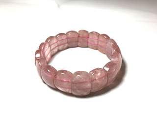 🚚 16mm蛋型草莓晶手排,加強個人魅力、人緣,穩定情緒。免費代客淨化消磁。