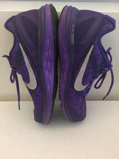 Nike女裝波鞋