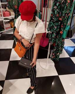 100% Brand New and Authentic kate spade crossbody