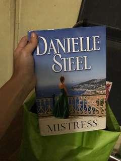 The Mistress by Danielle Steel (Hardbound)