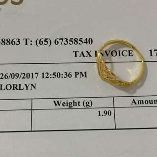 Selling my 916 ring 21k Bought it last Sep 2017 in good condition just wore at least less than five times..original price is $172 bought it from Luvenus Jewellery shop.comes with a box!!