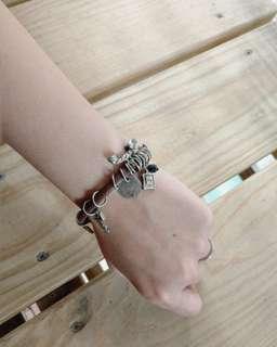 🚚 Gozo 復古手環