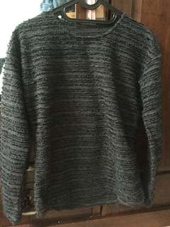 Sweater bulu gliter