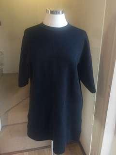 Uniqlo knitted tshirt