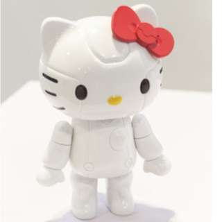 Hello Kitty Robot Figure with 1 Accessories included (Brand New)