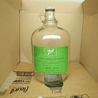 7-Up old ..Jug