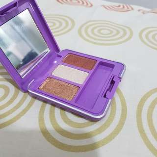 Mirabella Trio Eyeshadow