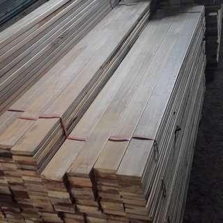 Papan kayu ulin kalimantan